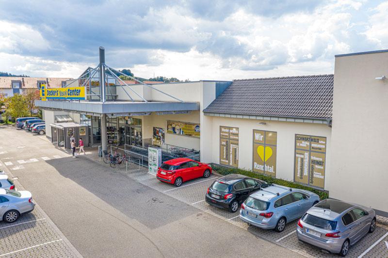 Luftaufnahme Edeka Decker Oberkirch Parkplatz und Eingangsbereich