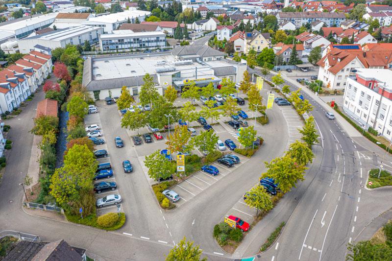 Luftaufnahme Edeka Decker Oberkirch Parkplatz und Markt